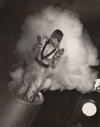 ARTHUR FELLIG ( WEEGEE ) - Woman shot from Cannon, NY, 1943