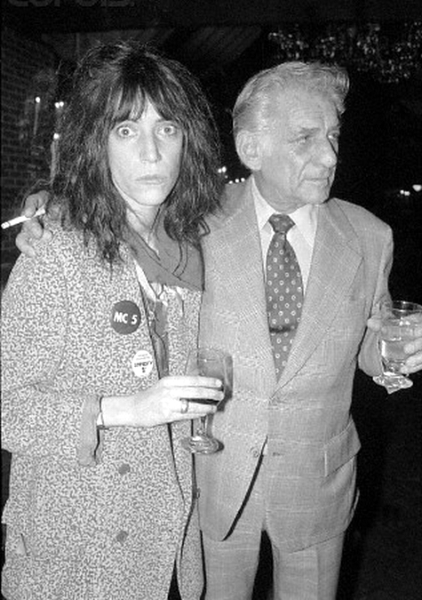 LEONARD bERNSTEIN E PATTI SMITH